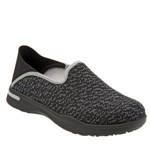 SoftWalk Simba Convertible Slip-On / Sneaker